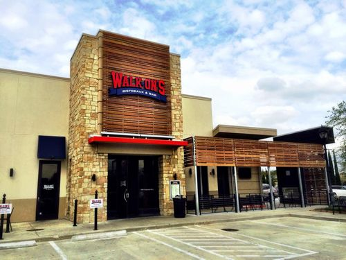 "Walk-On's Calls Time-Out; Will Expand Happy's, Seeks New Digs for ""Halfcourt"" Concept"