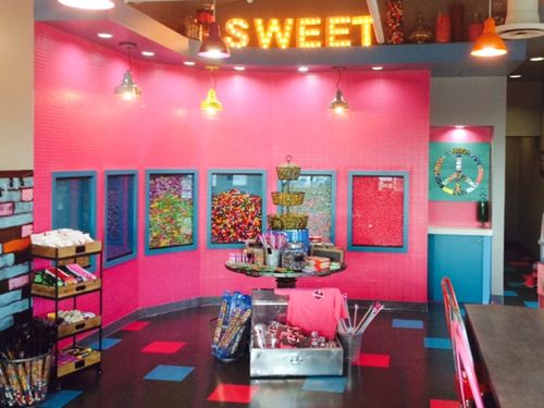 SmallCakes A Cupcakery Launches New Creamery and Novelties Concept