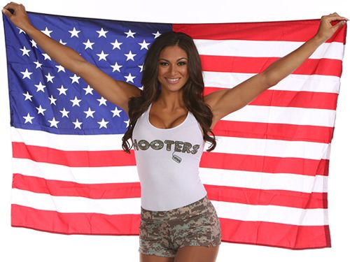 "Let Freedom ""Wing"" at Hooters: Military Eat Free on Veterans Day"