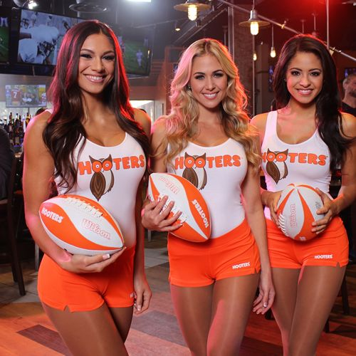 """Hooters Deems January """"The Greatest Month of Football Ever"""" With Epic Football Prizes Up for Grabs"""