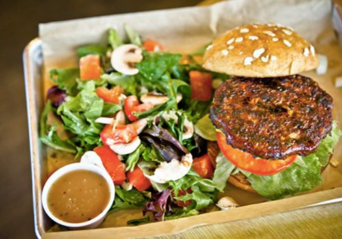 Slimmer Choices Abound at MOOYAH Burgers, Fries and Shakes on HealthyDiningFinder.com
