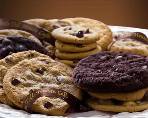 Nestle Toll House Café by Chip Makes Waterway Square Debut on National Cookie Day