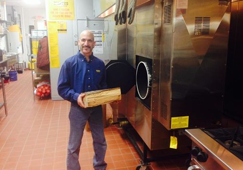 Smokin' Hot Dickey's Barbecue Pit Open Thursday in Wyomissing