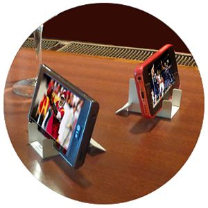 NewPCgadgets Introduces New Smartphone Promotional Stand For Restaurant Industry