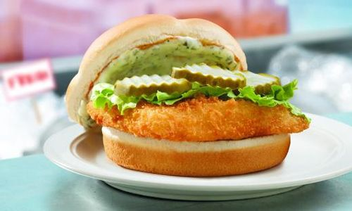 Wendy 39 S North Pacific Cod Sandwich Is Back On The Line