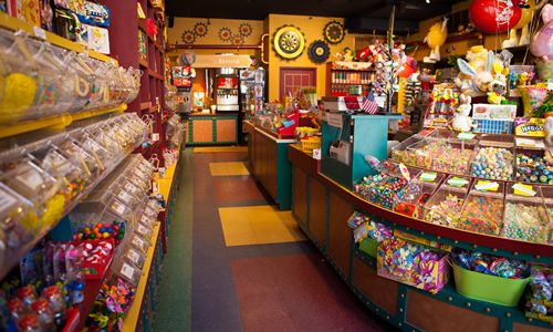 Fuzziwig's Candy Factory Opens in Tucson, Arizona