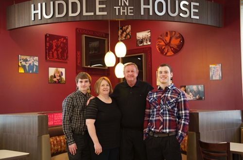 From Farm to Table: Farmers turned restaurant owners bring Huddle House to Litchfield, IL
