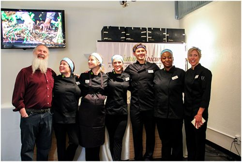 Natural Epicurean Teaching Students Healing Cuisines