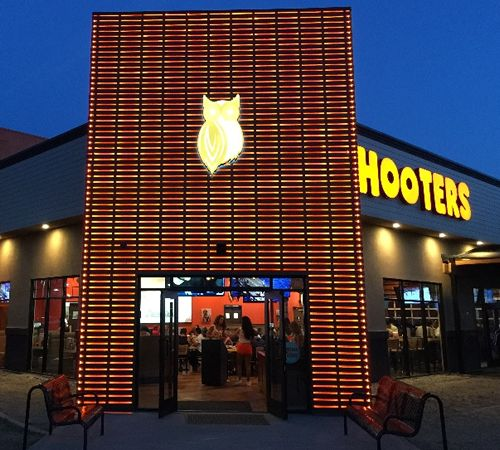 Hooters Unveils New Contemporary Design in Long Beach, California
