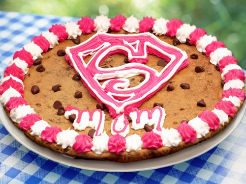 Treat Mom to a Scrumptious Cookie Cake This Mother's Day from Nestlé Toll House Café by Chip