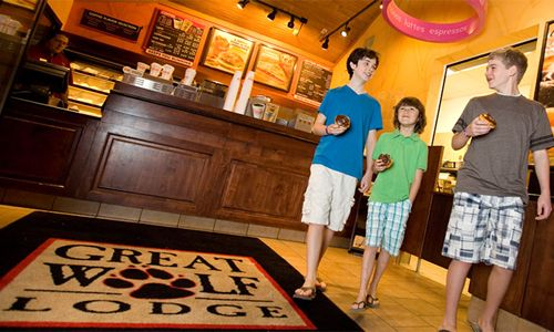 Dunkin' Donuts Opens Fifth Great Wolf Lodge Location
