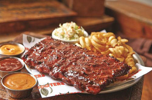 Hooters-Style Ribs Heat Up New Summer Menu