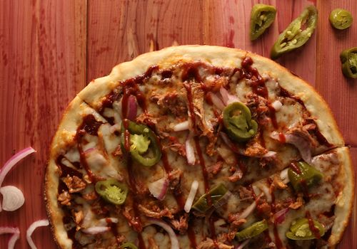 PizzaRev Heats Up Summer with BBQ Pulled Pork Pizza