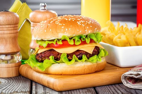 Hot Off the Grill: CHD Expert Evaluates the Latest Burger Trends