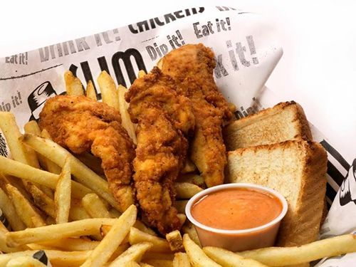 Slim Chickens Continues Texas Expansion with First Houston Opening