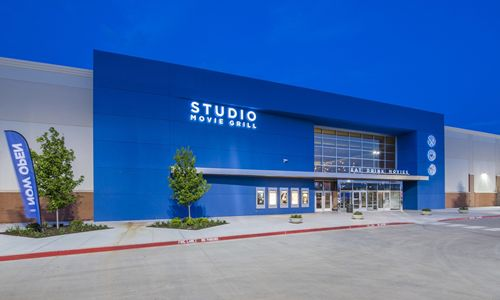 Studio Movie Grill Announces Expansion Into Southern California