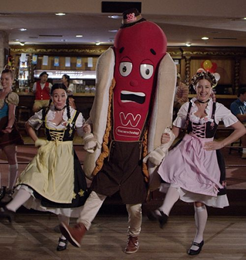 Wienerschnitzel Celebrates Oktoberfest with New Grilled Bratwurst