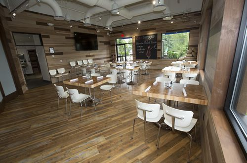 Zinburger Wine & Burger Bar To Unveil its Largest Restaurant, First Test Kitchen and Private Dining Room in Morris Plains, New Jersey on October 6