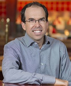 Red Robin Appoints Jonathan Muhtar Senior Vice President and Chief Marketing Officer