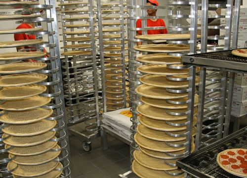 Pizza Patrón's Secret Weapon: Stores are 'Fresh Dough Factories'