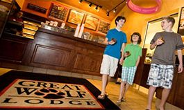 Dunkin 39 Donuts Opens Sixth Great Wolf Lodge Location
