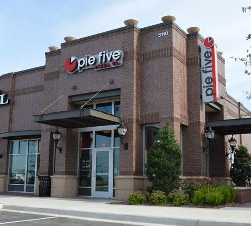 Former McDonald's Franchisee Signs Development Deal with Pie Five Pizza