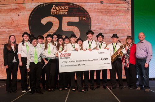 Logan's Roadhouse Gives Troy, OH Band Ultimate Music City Experience