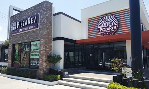 PizzaRev Opens First International Location in Mexico