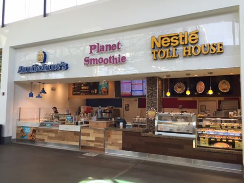Oviedo Mall Welcomes Orlando's 4th Nestlé Toll House Café by Chip