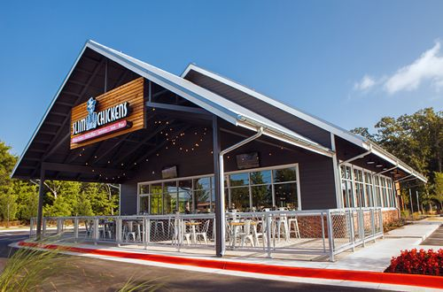Slim Chickens Opens Seventh Restaurant in Sooner State