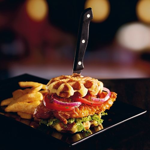 "Red Robin Gourmet Burgers and Brews Brings ""Comfort Food"" to a Craveable New Level with Launch of Chicken & Waffles Burger"