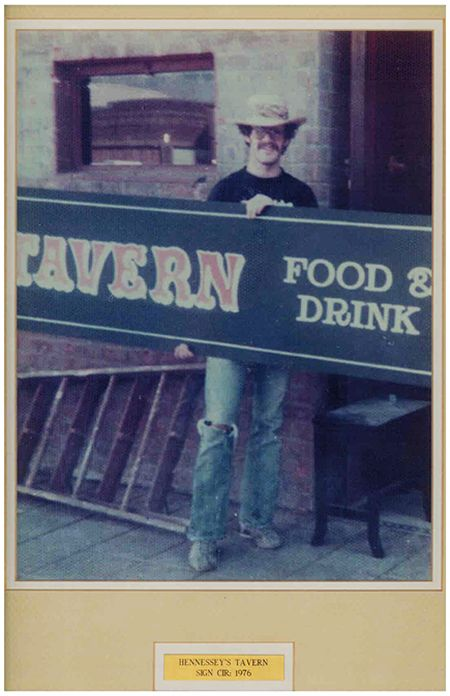 Hennessey's Tavern Turns 40 - September 23, 2016