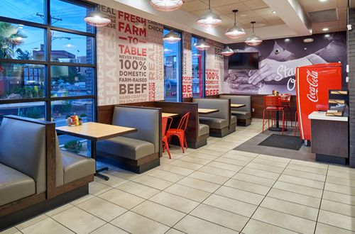 Johnny Rockets Celebrates Grand Opening in El Paso, TX - Drive-In, Drive Thru or Enjoy the Patio at the New Restaurant