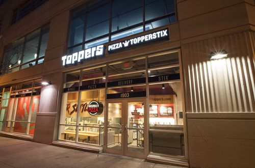 Delivering Jobs: Toppers Pizza Aims to Hire Up to 1,500 New Team Members by the End of the Year