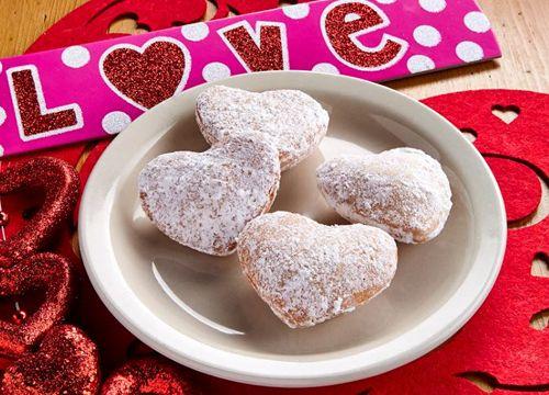 Experience Something Sweet For Valentine's Day at El Fenix