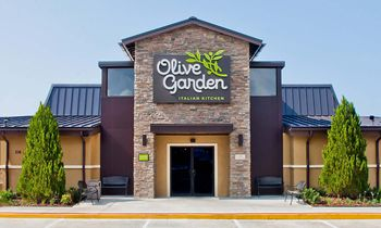 This Is Now Olive Garden's Most Popular Dish