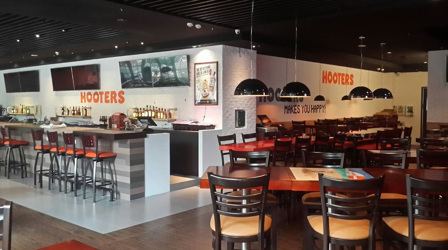 Hooters Opens New Location in Taipei Xinyi, Taiwan