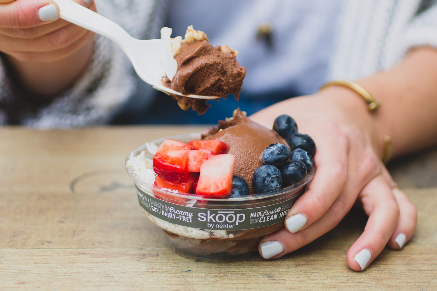 Summer in a Skoop: Nékter Juice Bar Debuts Simply Strawberry Skoop, New Seasonal Flavor of Its Healthy and Guilt-Free Frozen Treat