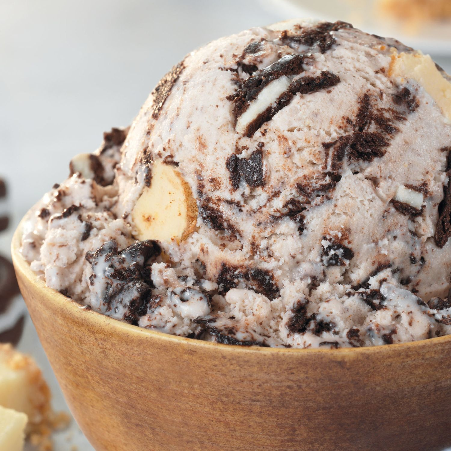 Baskin-Robbins Celebrates the Coolest Food Holidays this August and Introduces New OREO Cheesecake Flavor of the Month