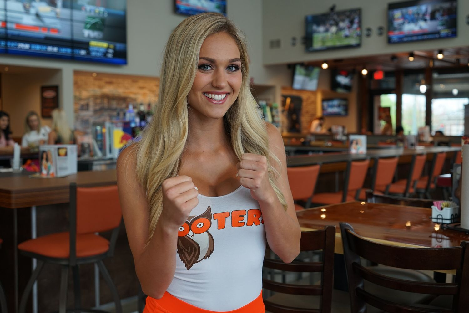 Abby Hooters Calendar May : Catch mayweather vs mcgregor at hooters win trip to see