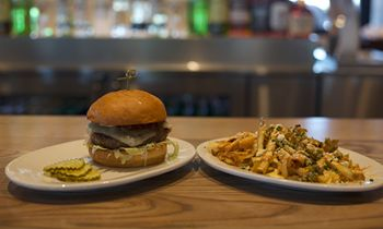 """Zinburger Wine & Burger Bar Named One of """"The Top 50 Emerging Restaurant Chains"""" by FSR Magazine"""