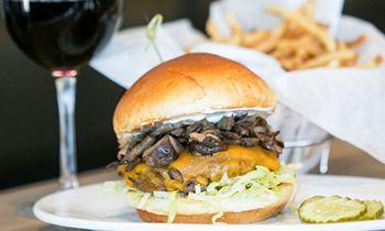First Zinburger Wine & Burger Bar in Maryland To Host Job Fair September 29 – October 10 in Hanover