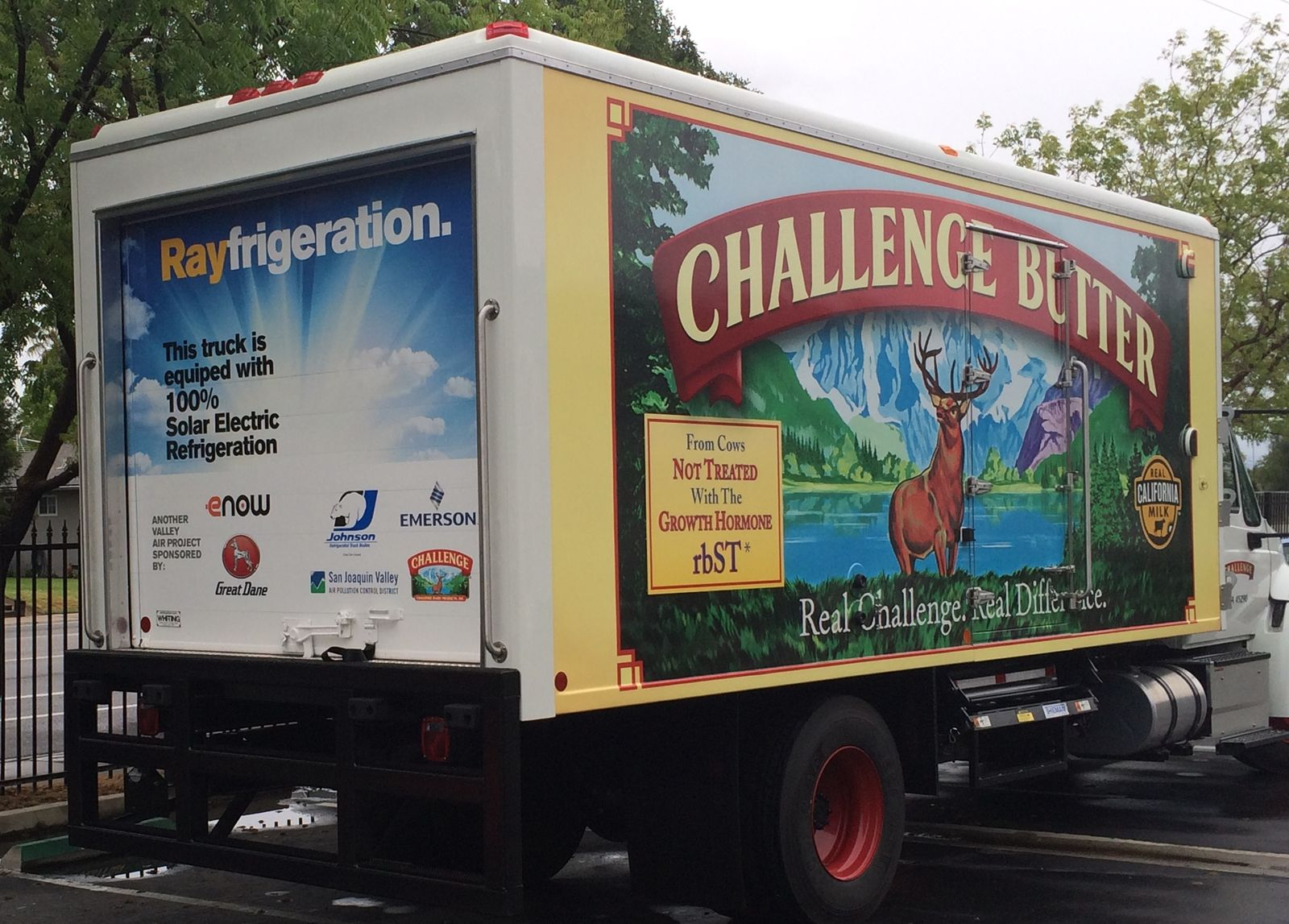 Challenge Dairy Drives Positive Change as First to Deliver Products in Solar-powered Commercial-use Transport Refrigeration Unit