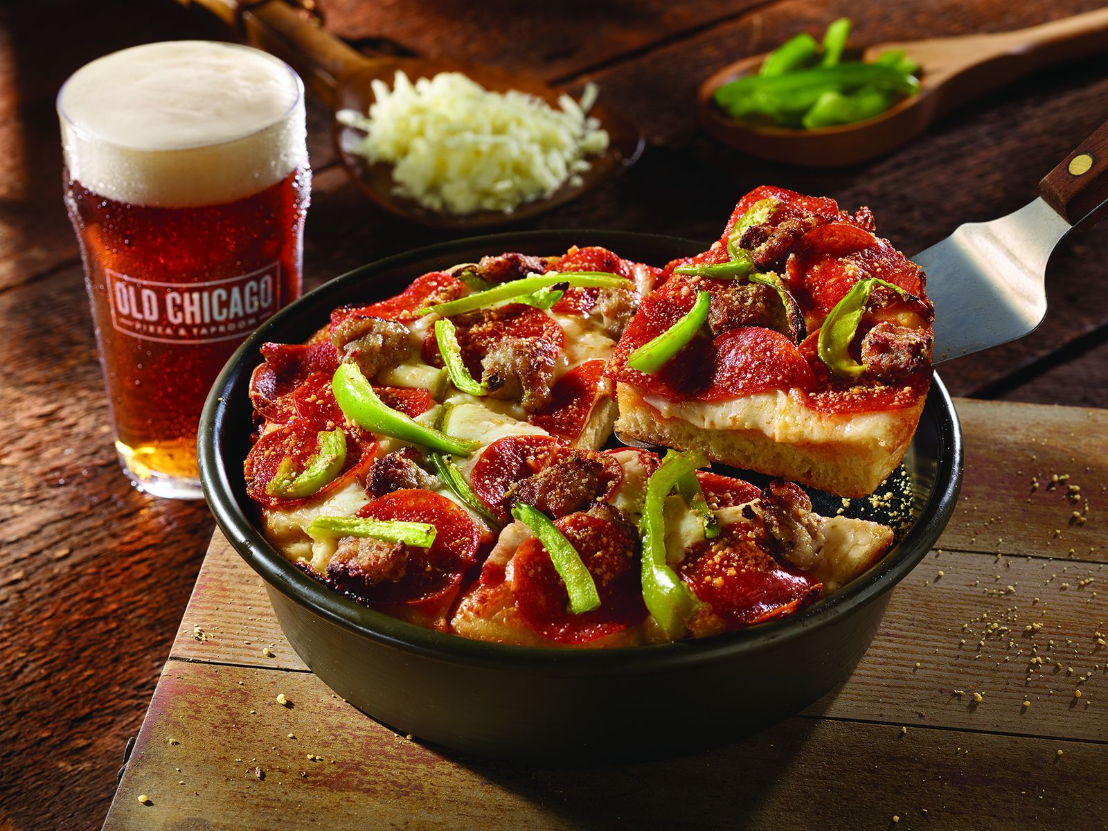 Old Chicago Pizza & Taproom Opening in Hamilton Place - Chattanooga, TN