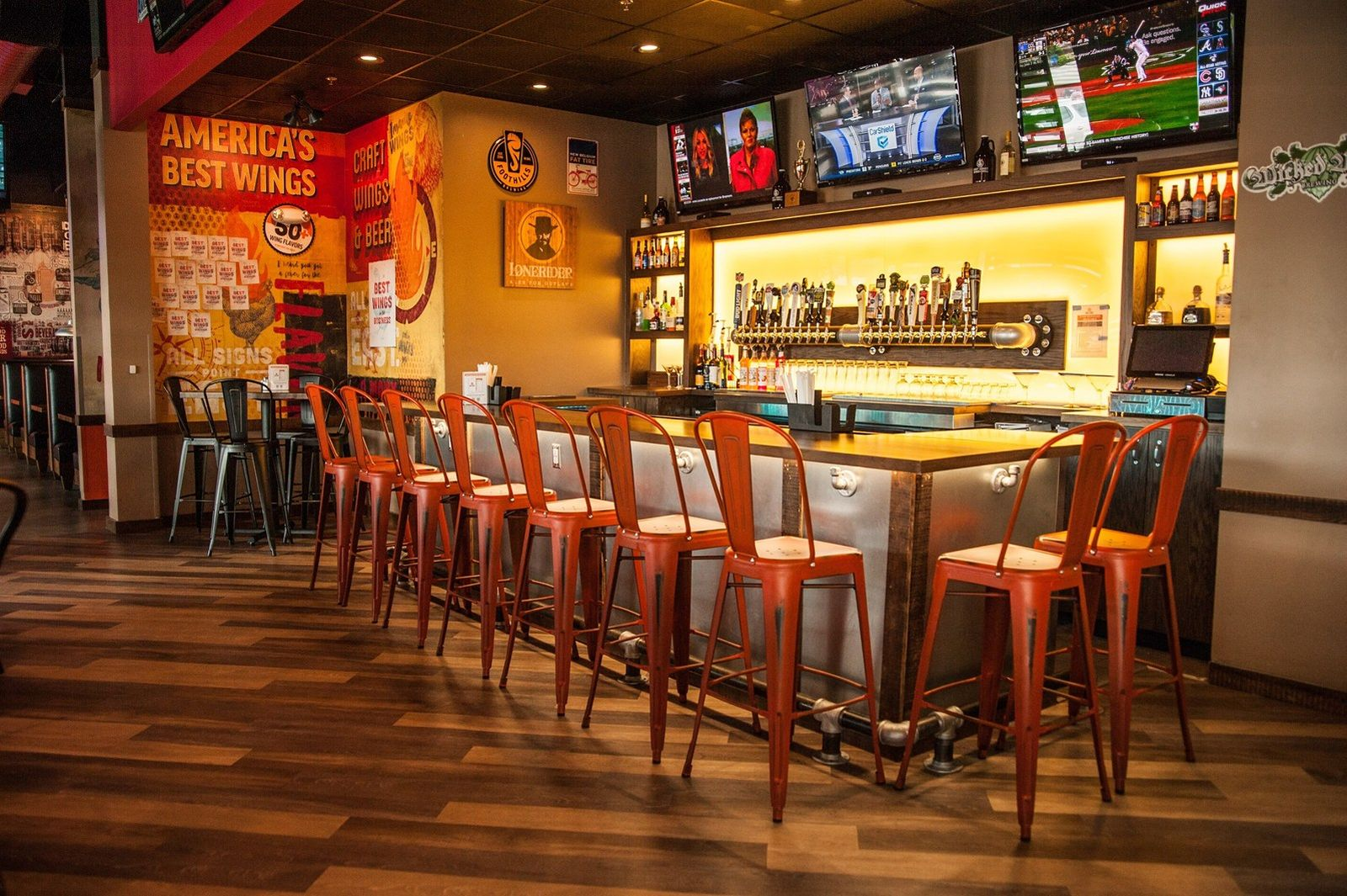 East Coast Wings + Grill Heats Things Up with Tennessee Expansion