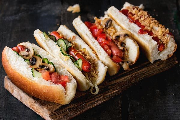 Crave Hot Dogs and BBQ Signs Franchisee in Washington DC