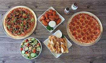 Straw Hat Pizza Has Another Positive Sales Year in 2017