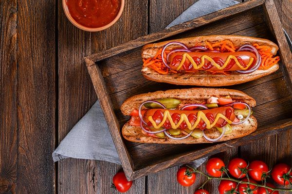 Crave Hot Dogs and BBQ Inks Franchisee in Texas