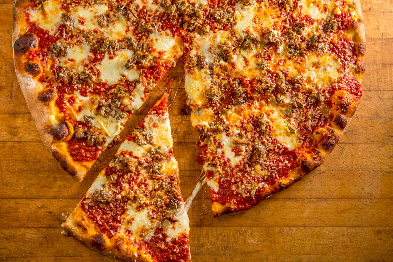 Artichoke Basille's Pizza, known for its authentic NYC slices and whole pies, will be opening its first Connecticut outpost later this Fall at 2391 Berlin Turnpike in Newington, CT.