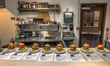 Zinburger Wine & Burger Bar Announces The Great Zinburger Burger Battle Top 8 Finalists